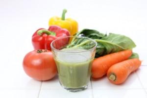 野菜と果物の朝ジュース