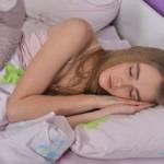 寝過ぎで頭痛!原因は?効果的な解消法はコレ!